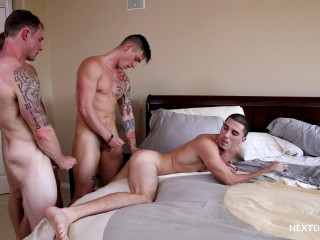 Next Door Raw - Markie More, Lance Ford, Chris Blades, Damien Kyle 1080p