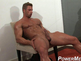 Kane Griffin - Blond Muscle