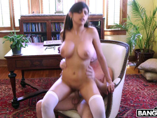 Mia Khalifa - Is Back and Sexier Than Ever FullHD 1080p