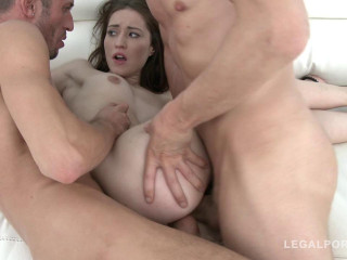 Cutie Mina loves anal orgy & double penetration