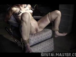 BrutalMaster - Pig - Harley Quinn Halloween Torture