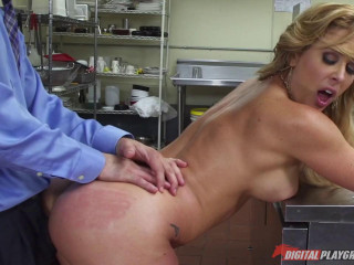 Flixxx - Cherie DeVille Where's My Meatballs