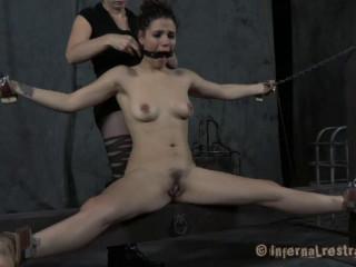Infernalrestraints - Jan 13, 2012 - Restless - Zayda J