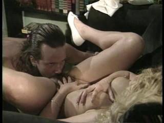 Model Wife (1990) - Zara Whites, Sandra Scream