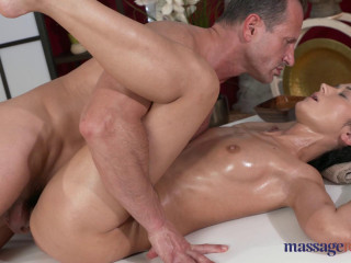 Angie Moon - George Caresses Angie (2016)