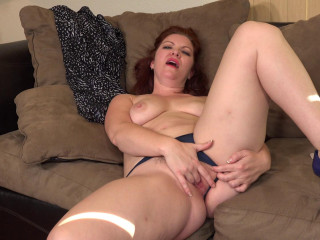 Naughty mature Kimberlee Cline