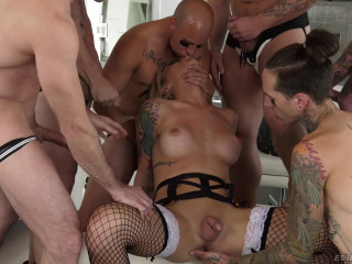 Aubrey Kate finds herself surrounded by six ballplayers