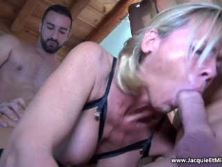 Blondes cougars
