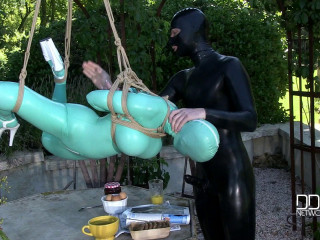 Suspended Penetration - Latex Lucy