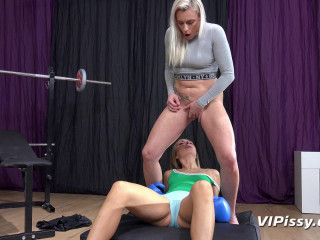 Brittany Bardot, Puppy Pissy Workout (2019)