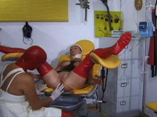 Katheter Geil Gepisst (latex and condom medical) (2009)