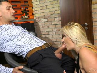 Anna Valentina - Submissive Client FullHD 1080p