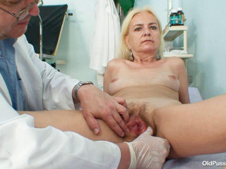 Vera - 62 years gal gynecology exam