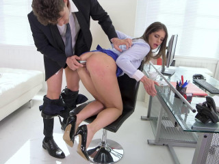 Lana Seymour - Squirting At The Office FullHD 1080p