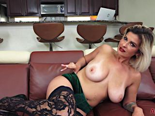Big tit milf brandon in green dress masturbates