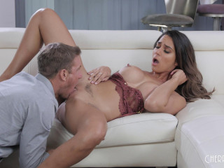Alexis Zara - Alexis Loves How She Gets Choked And Fucked (2020)