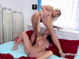 Brittany Bardot and Veronica Avluv 1080p