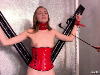Vika, 24ans, adepte de BDSM - Full HD 1080p