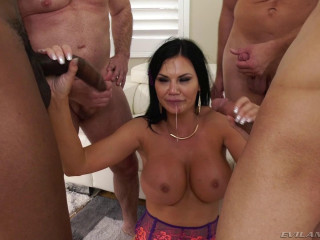 Gangbang Battle For Big Tits Milf Jasmine Jae