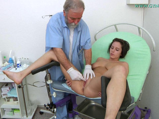 Anabelle (21 years lady gynecology exam)
