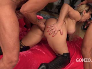 Latina Bubble Butt Mirella Mansur Assfucked - HD 720p