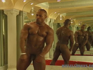 MuscleHunks - Moses Flaquel - Beefcake Moses