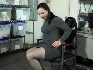 Annas Cuff Break At Work