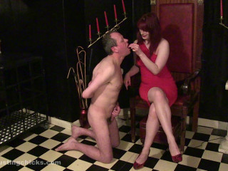 Ballbustingchicks - Rebekka Raynor - Under My High Heels