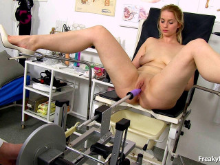 Ebba (23 years girls gynecology exam)