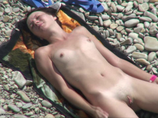 Peeped at the beach 21 - Voyeur, Naturism HD