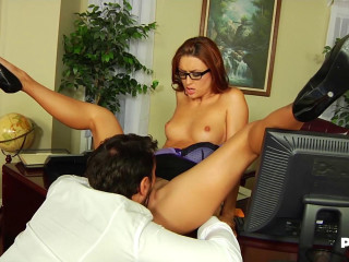 Slutty Secretary Makes A Break In The Office With A Good Fucking