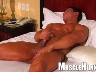 MuscleHunks - Boris Makov