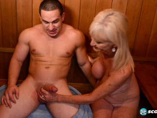 Leah L'Amour - 64-year-old Leah drills a 23-year-old - 1080p