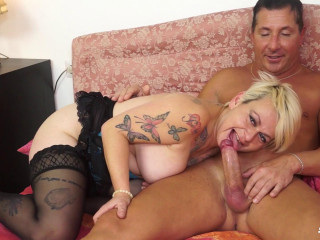 Busty mature tattooed Italian lady gets ass fucked and eats cum FullHD 1080p