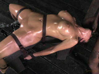 Milf-tastic Syren De Mer in Hard Bdsm Action