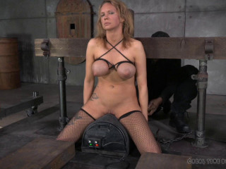 Sybian blasted out of her mind , HD 720p