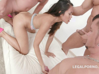 slim thai girl in fuck orgy action