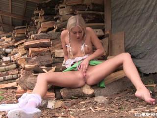 Cayla A, Karol Lilien - Cayla cutting wood and rubbing pussy