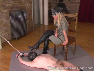 Stretched & Waxed - Mistress Sidonia