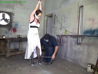 Prom queen's big tits are brutally bound & stretched in ropes