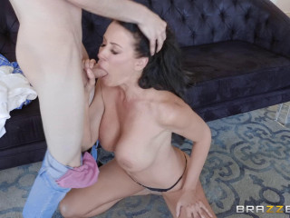 Reagan Foxx - Mommy Needs A Manicure