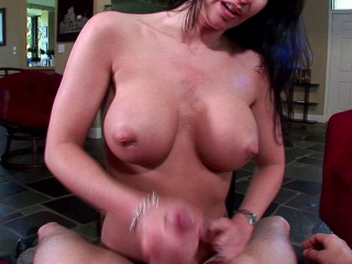 Awesome Cougar with big tits is so skilfull