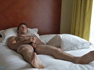 Bentley Race Blake Davis puts on his own jack off show