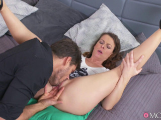 Dumping Cougar Romped For Hotwife
