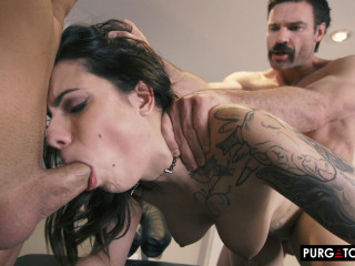 Sherly Quinn - My Wifes Massage Episode 1 (2019)
