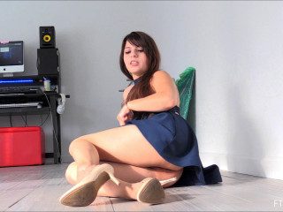 Fisting and Dildo Videos