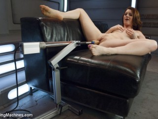 Cici showcases us the strength of her ejaculations from ass& vulva FuckingMachines