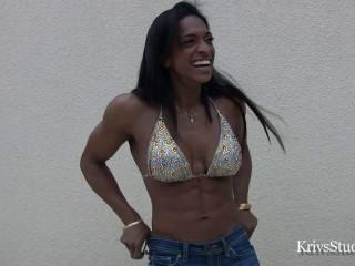 Nadya Castellas - Fitness Model