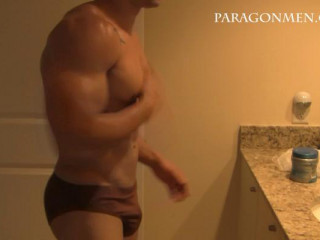 ParagonMen - Marcel Holiday