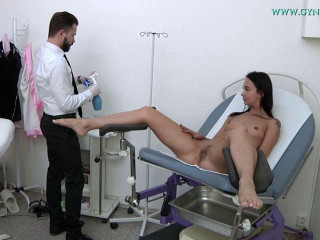 Freya Dee (24 years girl gyno exam)